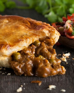 Kiwi Curry Mince Pie for two